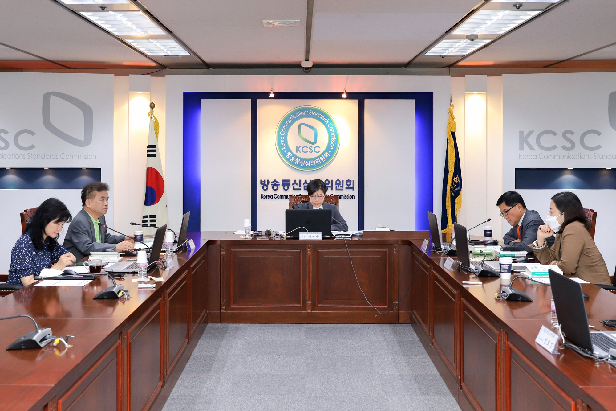 (사진)방송심의소위원회.jpg