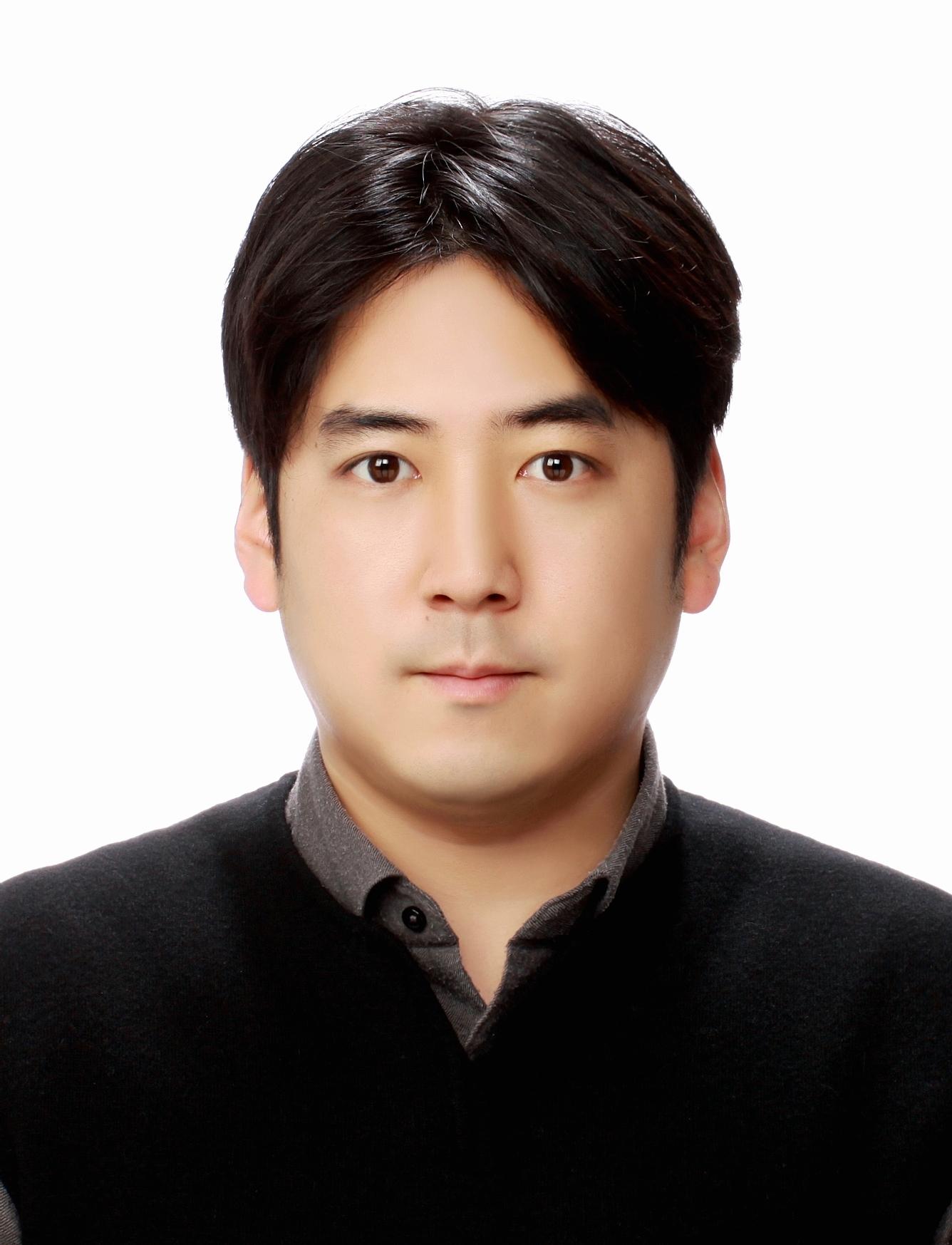 KBS 권준용 증명사진.jpg